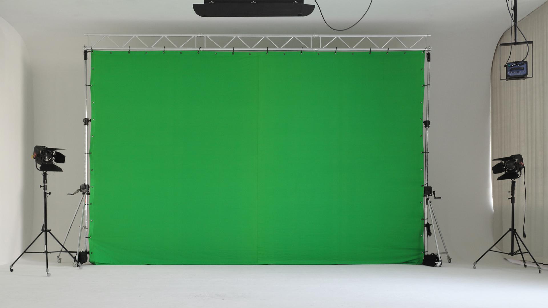 Greenscreen 4 m hoch und 5,70 m breit